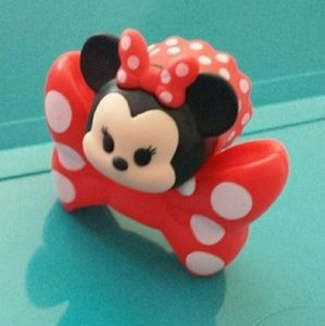 Disney Tsum Tsum Minnie Mouse mini figure